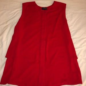 Red tank top the limited